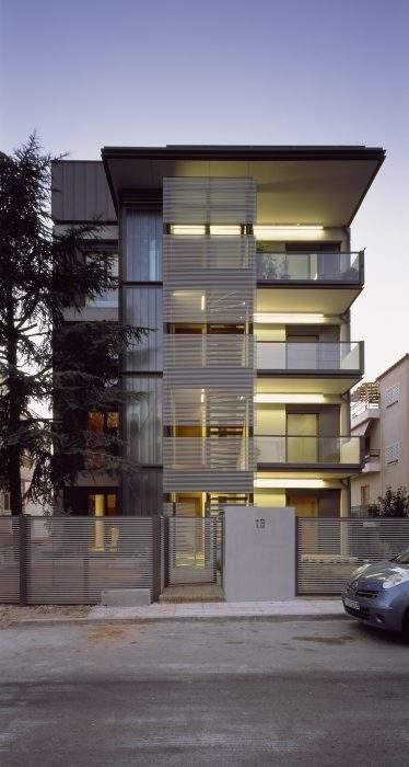Mẫu thiết kế nhà phố 4 tầng phong cách hiện đại