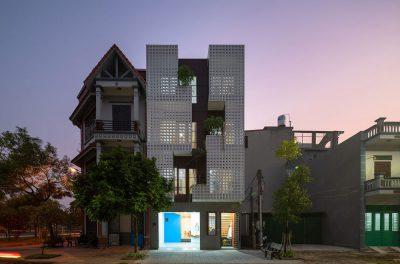 Mẫu thiết kế nhà phố 4 tầng mặt tiền 6,5m kết nối với thiên nhiên