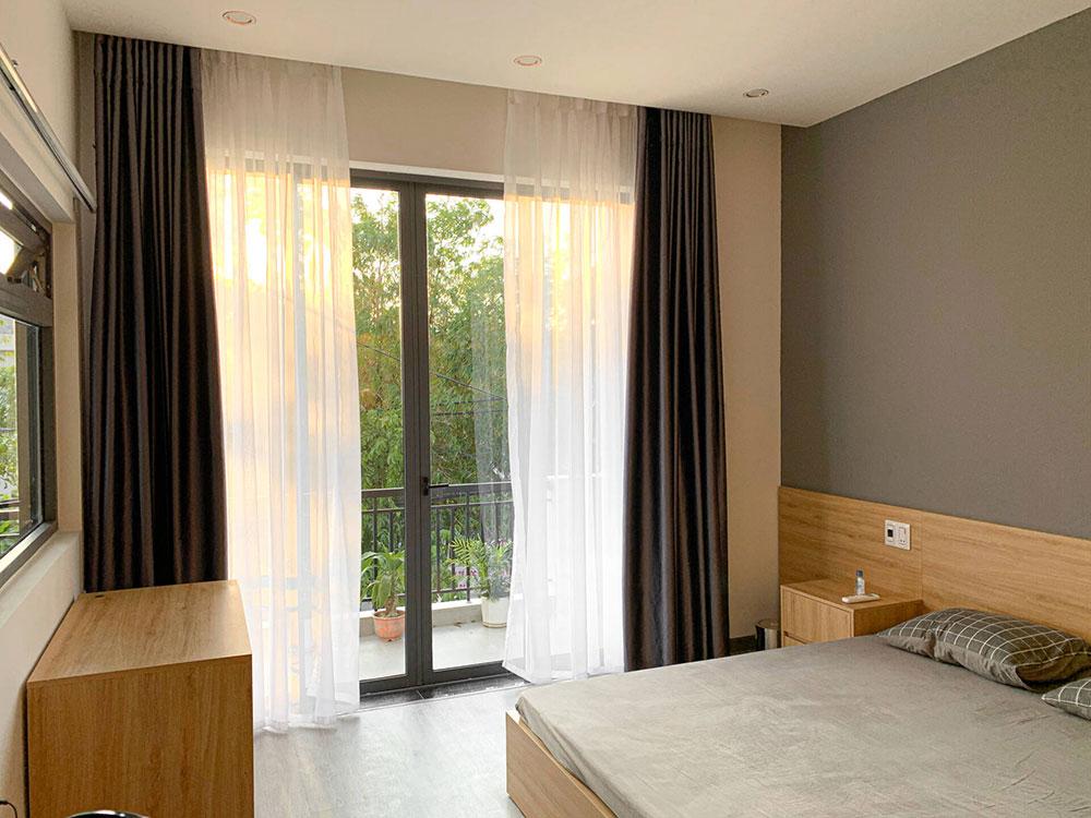 Mẫu thiết kế nhà ở kết hợp kinh doanh 3 tầng đơn giản, nhiều khoảng mở